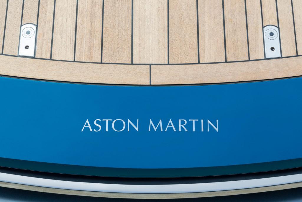 Aston Martin AM37