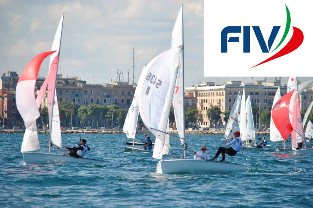Derive in regata FIV