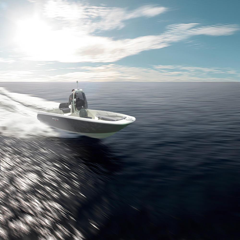 Invictus 200HX Yacht