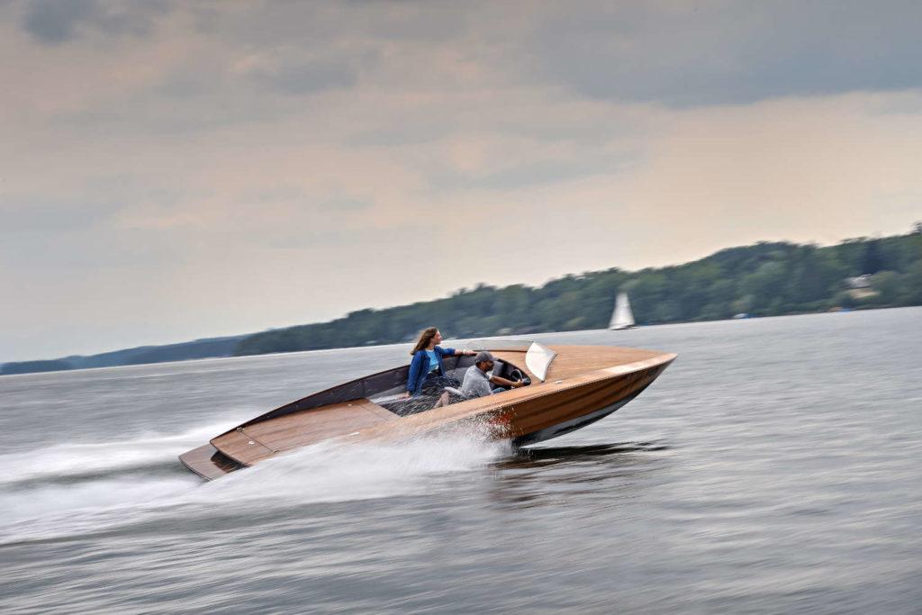 BMW i Torqueedo propulsione elettrica barche