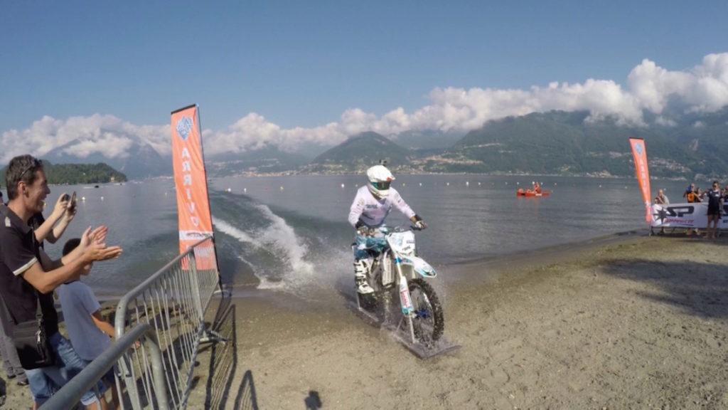 Luca Colombo Record mondiale moto acqua dolce