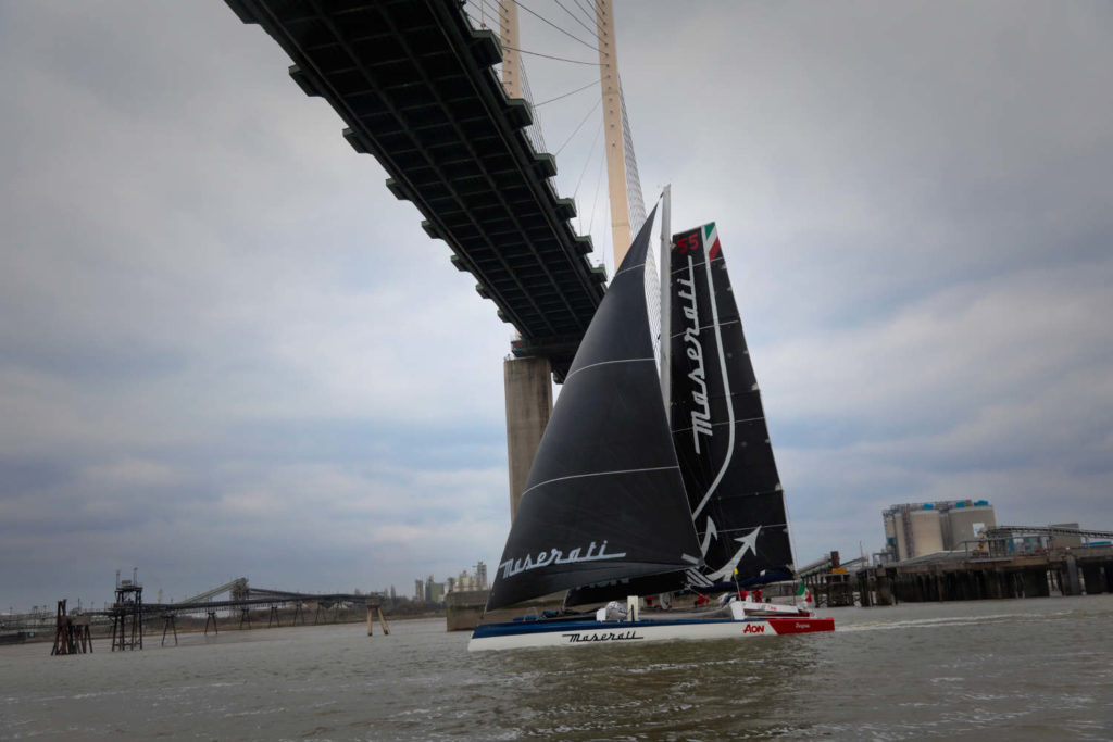 Soldini Maserati Multi70 Tea Route Record London Linea Arrivo